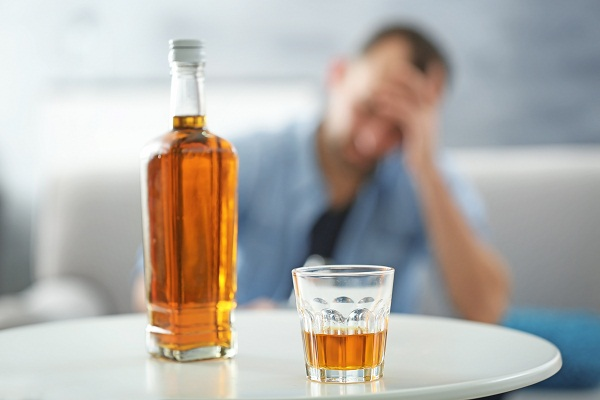 drink alcohol - causes of liver cirrhosis