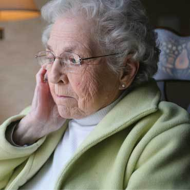 What are the Symptoms of Alzheimer's Disease?