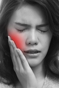 What are the Treatment Options of Tooth Sensitivity?