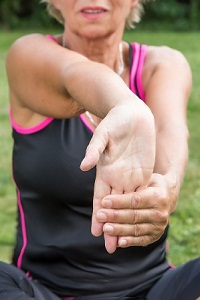 Stretching and Wrist Strengthening Exercises for Carpal Tunnel Syndrome