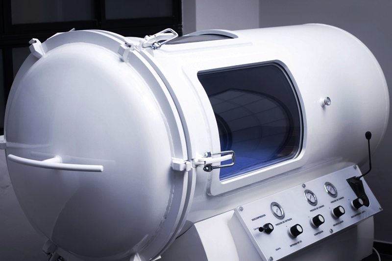 HBOT hyperbaric oxygen therapy chamber tank