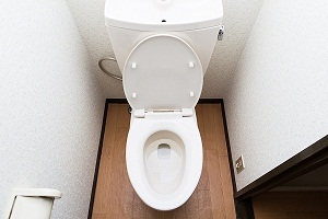 What are the Signs and Symptoms of Urinary Incontinence?