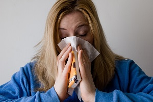 Coronavirus Cold and Dry Cough: Is It COVID-19?